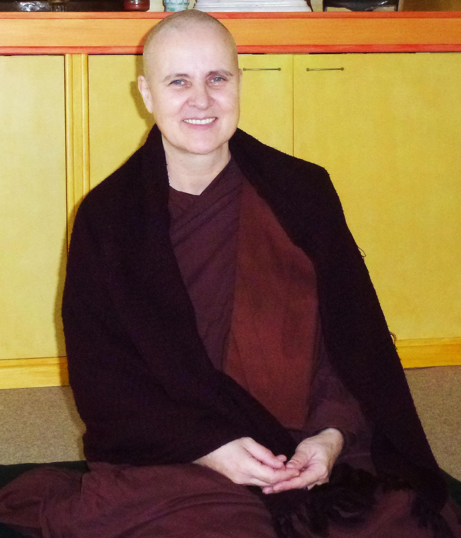 Theravada-Nonne Mae Chee Petra (Paññâvaddhi)